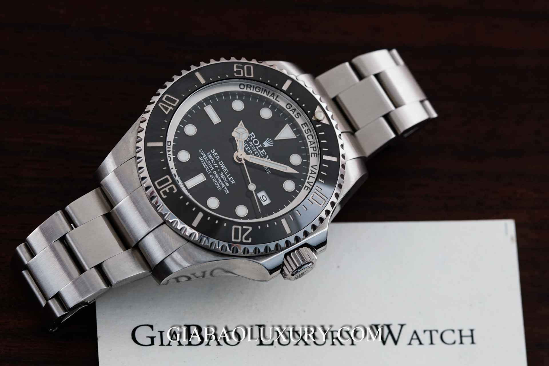 Review đồng hồ Rolex Sea-Dweller 116660