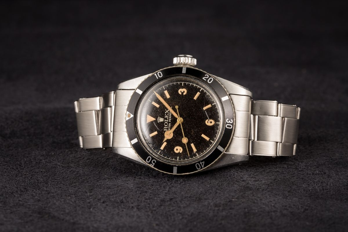 Hướng dẫn mua đồng hồ Rolex Submariner mới nhất 2020 - 2021