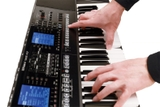 Roland E-A7 Expandable Arranger Keyboard 10