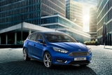 xe-ford-focus-trend-mau-xanh