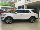 gia xe Ford Explorer 2.3L Ecoboost AT Limited 2017 mau trang