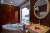 Jacuzzi on Signature Cruise