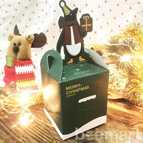 Hộp quà noel hình ngôi nhà chim cánh cụt 4