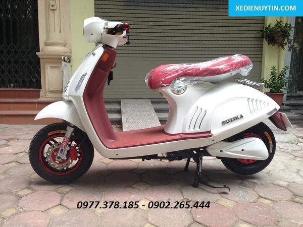 Xe máy điện Vespa 946 trắng