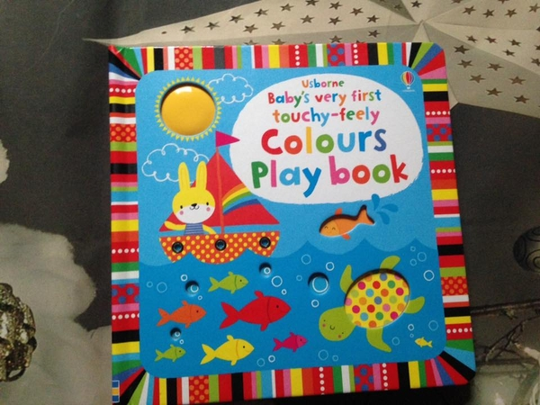 baby-s-very-first-touchy-feely-colours-play-book