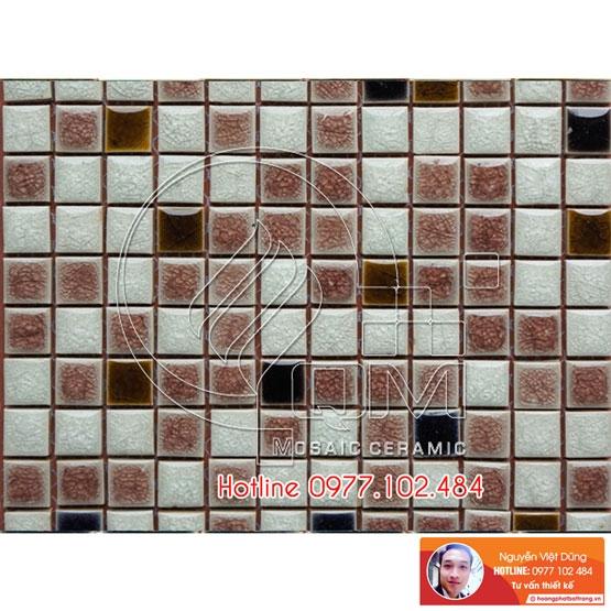 gạch mosaic trộn trắng nâu men thủy tinh