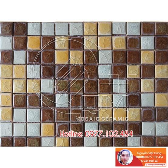 Gạch Mosaic màu trộn vàng, trắng, nâu