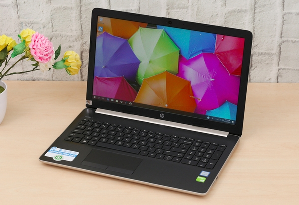 HP 15 da1033TX (5NK26PA) i7 8565U/4GB/1TB/MX130 2GB/Win 10/15.6