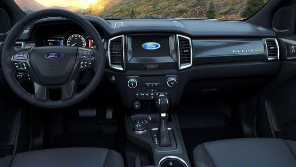 bảng taplo xe ford evest 2019