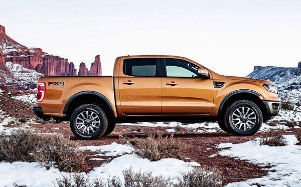 hông xe bán tải ford ranger 2019