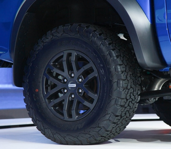 lazang bán tải ford ranger raptor 2019