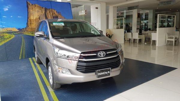 Hình ảnh Toyota Innova 2.0E 2019.