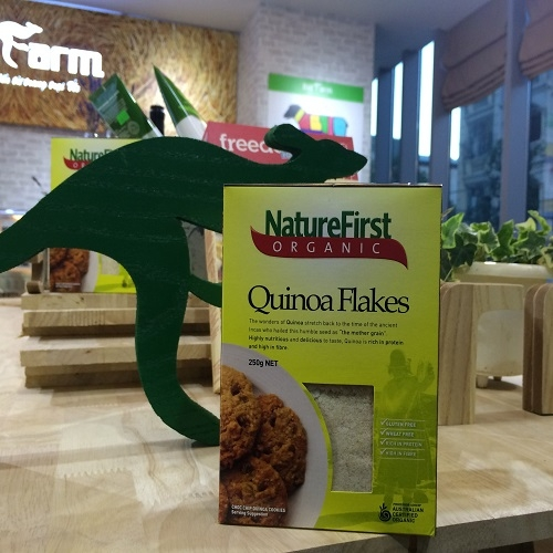 Nature First, Organic Quinoa Flakes, Box, 250gr