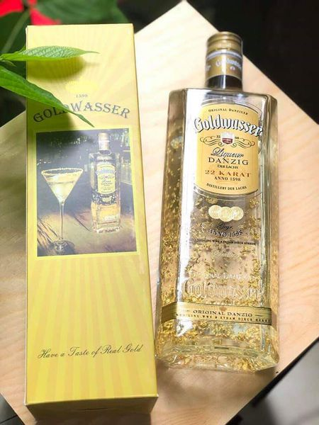 Vodka goldwasser