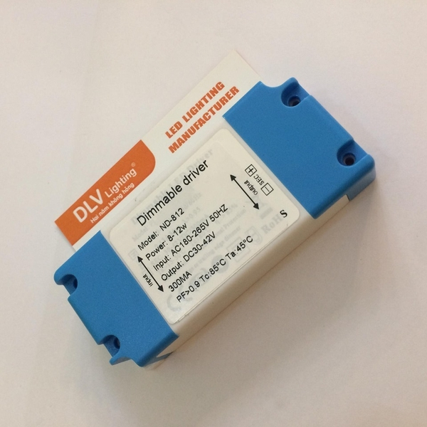 DIMMABLE DRIVER 8-12W