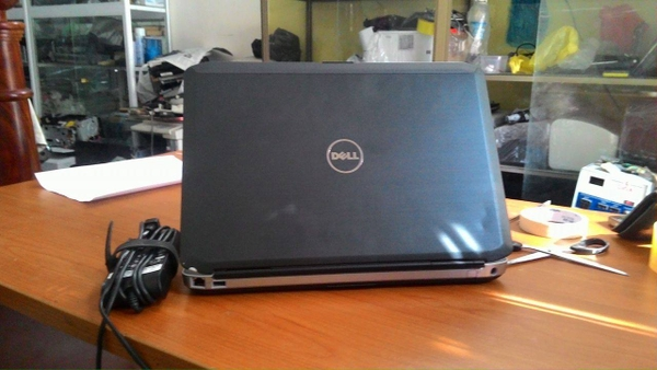 Laptop cũ - Dell Latitude E5430