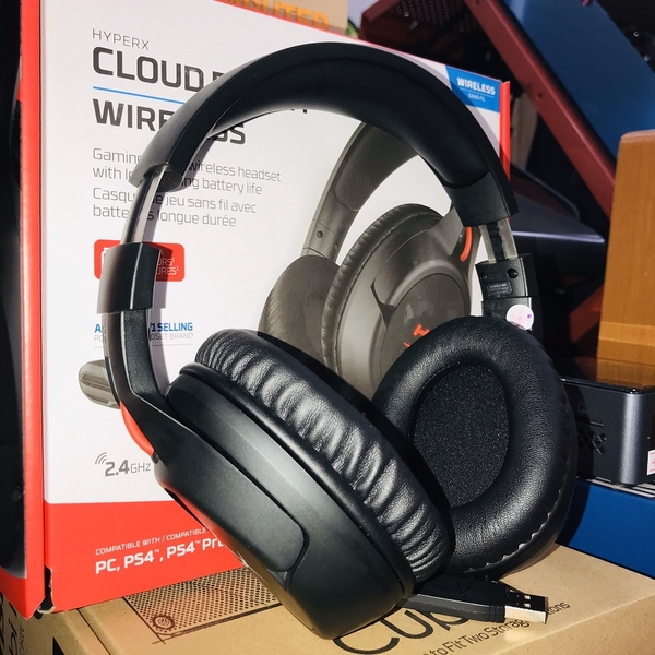 Tai nghe Kingston HyperX Cloud Flight Wireless