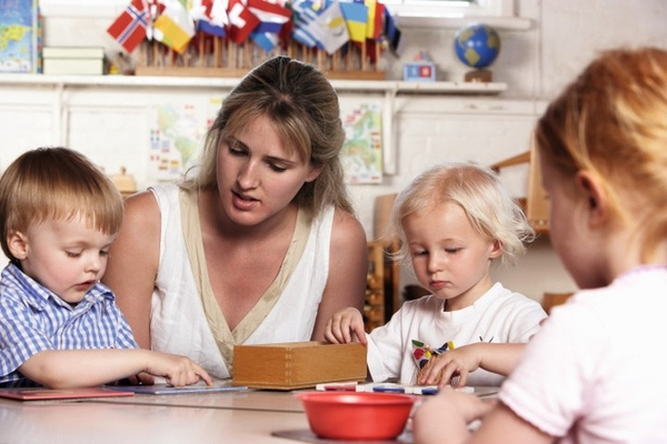Teaching children in Montessori Method is not difficult at home