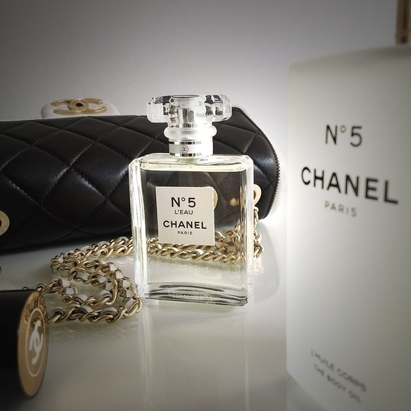 Chanel No.5 L'eau 50ml - MADE IN FRANCE.