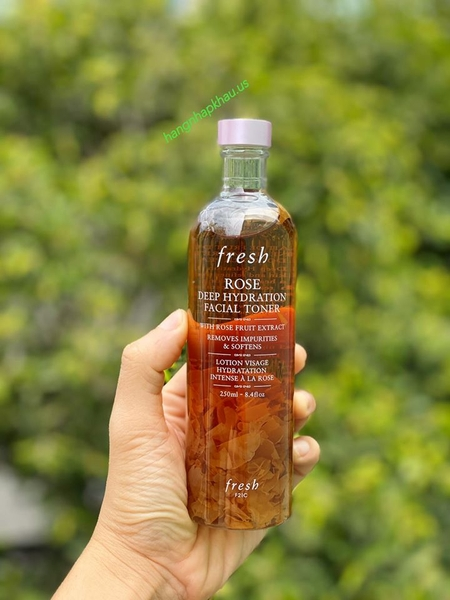 Nước Hoa Hồng Fresh Rose Deep Hydration Facial Toner (250ml) - MADE IN USA.