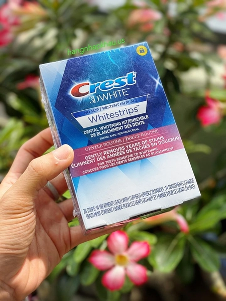Dán trắng răng Crest 3D White Whitestrips, Gentle Routine - Teeth Whitening Kit (28 miếng) - MADE IN USA.
