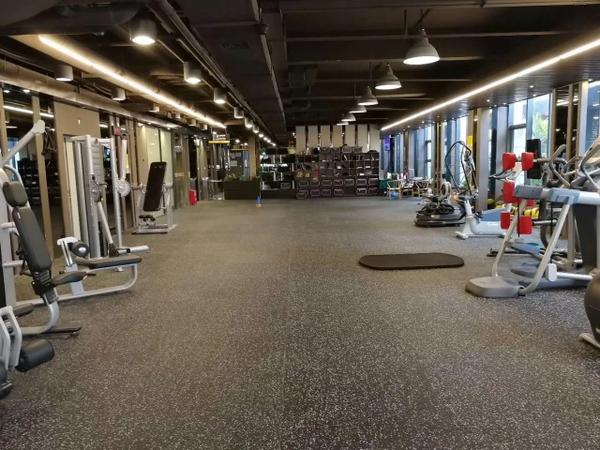 Sàn cao su phòng gym