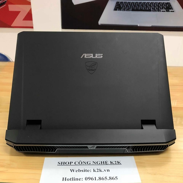 Asus G75VM (Intel Core i7-3610QM 2.3GHz, 8GB RAM, 750GB HDD, VGA NVIDIA GeForce GTX 670M - 3GB, 17.3 inch Full HD)