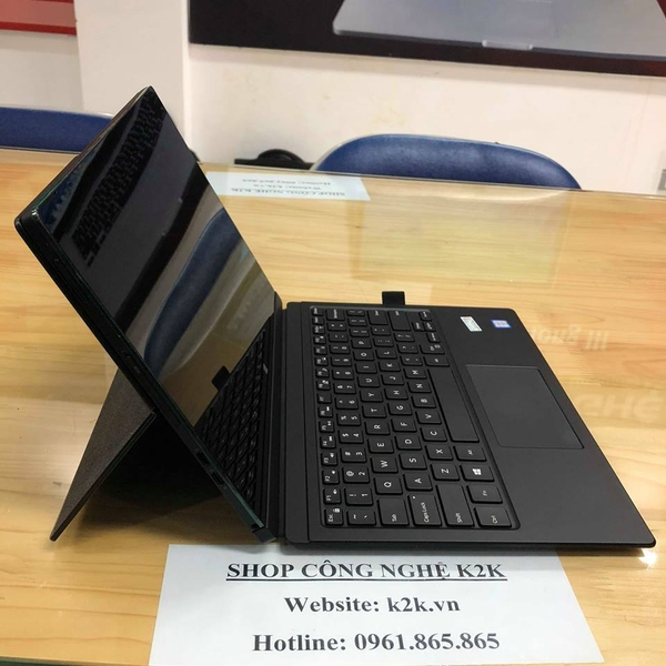 Dell Latitude 7275 2-IN-1/ Core M5 6Y57 / 8GB/ SSD 256GB/ 12.5 inch Win10 - Bao gồm Keyboard