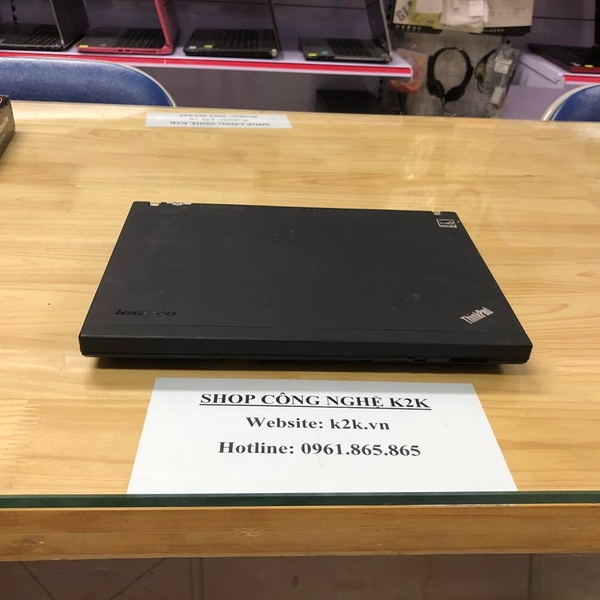 IBM Thinkpad X200 (Intel Core 2 Duo P8600 2.4GHz, 2GB RAM, 160GB HDD, VGA Intel GMA 4500MHD, 12.1 inch, Windows 7 Professional)
