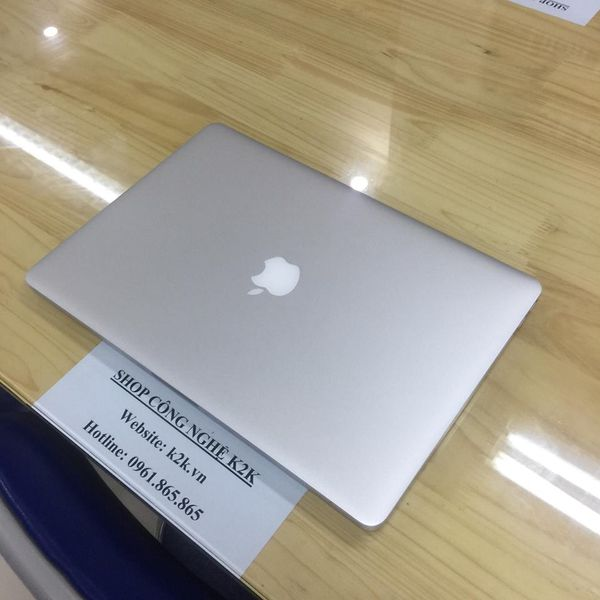 Apple Macbook Pro Retina MGXC2 (Mid 2014) (Intel Core i7 Processor 2.5GHz, 16GB RAM, 512GB SSD, VGA NVIDIA GeForce GT 750M, 15.4 inch, Mac OS X 10.9.