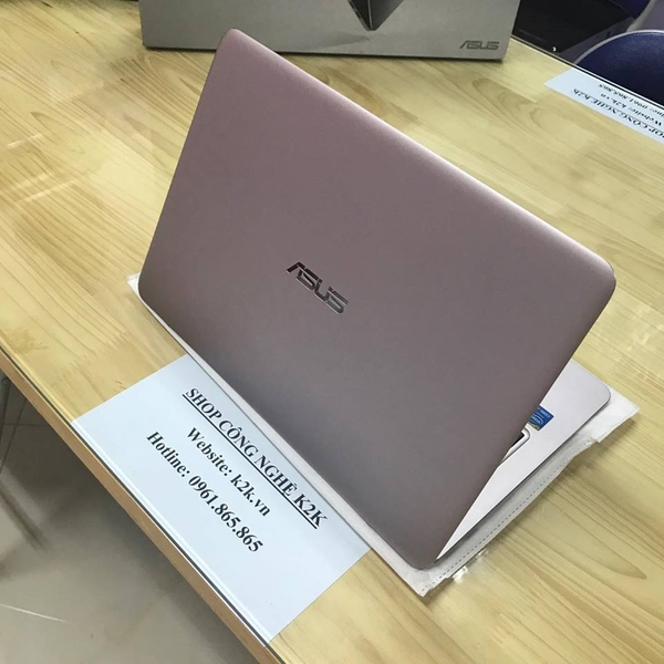 Asus Zenbook UX305CA-FC036T (Intel Core M3-6Y30, 8GB RAM, 128GB SSD, VGA Intel HD Graphics 515, 13.3 inch, Windows 10)