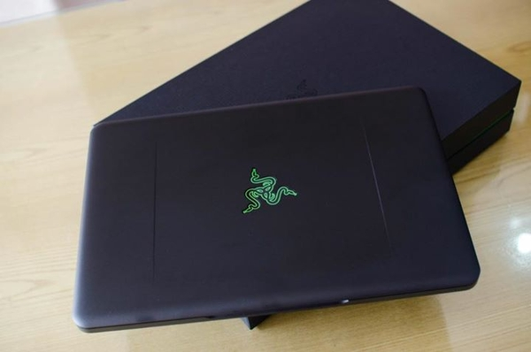 Razer blade 14 (2014) (Intel Core i7-4720hq , 8GB RAM, 256GB SSD, VGA GTX765-2GB , 14 inch Full HD)