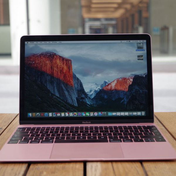 The New Macbook 12 inch 2016 Rose Gold Core M3 1.1GHz/ Ram 8Gb/ SSD 256Gb