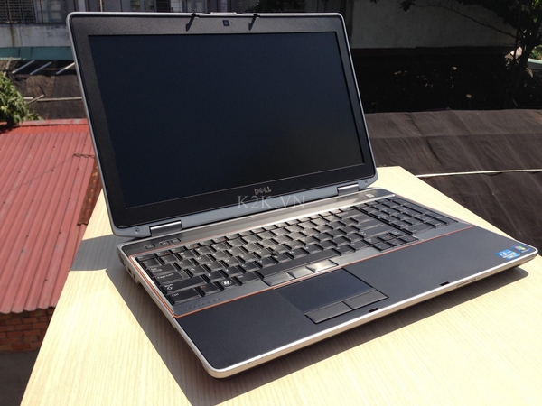Dell Latitude E6520 (Intel Core i7-2620M 2.7GHz, 4GB RAM, 250GB HDD, VGA NVIDIA Quado NVS 4200M, 15.6 inch ( 1920x1080 Full HD )