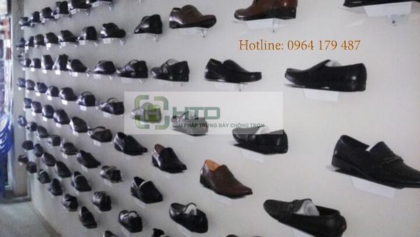 kệ treo giày gắn tường