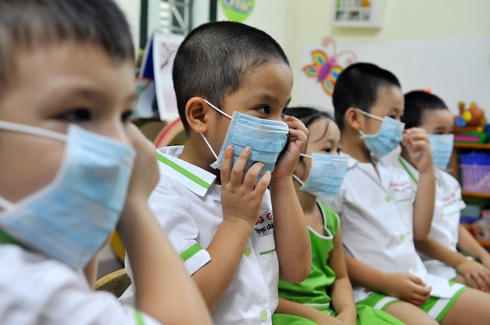 9 facts about children's health related to polluted environment