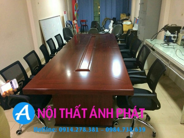thanh-ly-ban-hop-3m5x1m2-moi