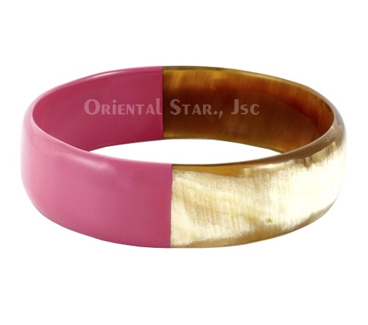 Horn bangle with pink lacquer
