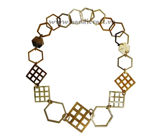 Six angles & square horn necklace