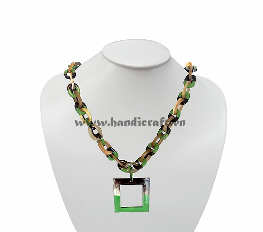 Oval horn link with large square lacquer pendant necklace