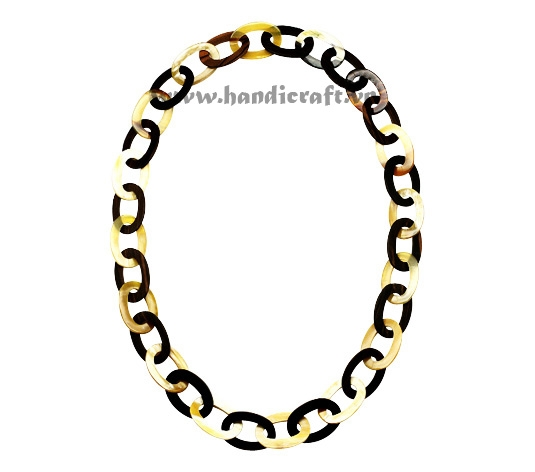 Black & white oval horn necklace