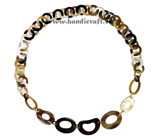 Natural horn circles necklace
