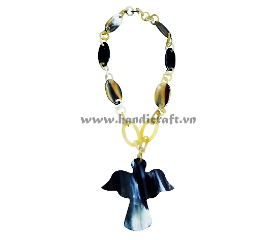 Horn necklace with bird shape pendant