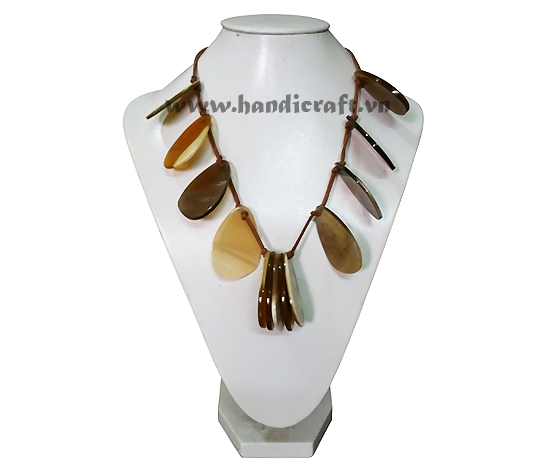 Waterdrop horn with faux leather necklace