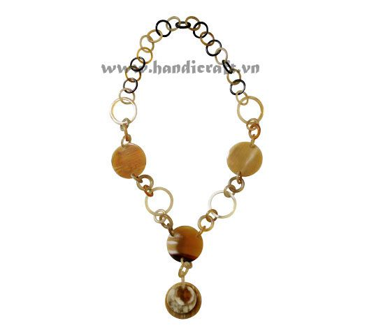 Honey horn necklace