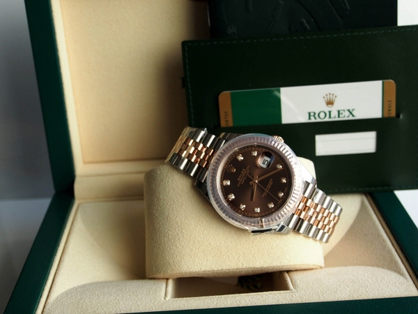 Review đồng hồ Rolex Oyster Perpetual Datejust 126331
