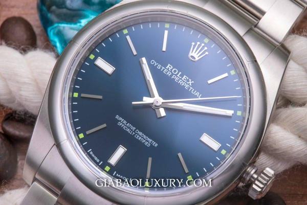 Review đồng hồ Rolex Oyster Perpetual 114300