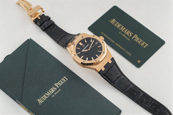 Đồng Hồ Audemars Piguet Royal Oak Selfwinding 15500OR.OO.D002CR.01