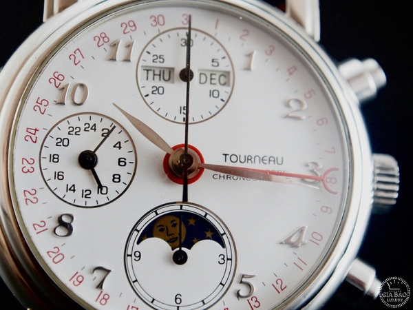 Đồng Hồ Tourneau Triple Date Moon Phase Automatic Chronograph