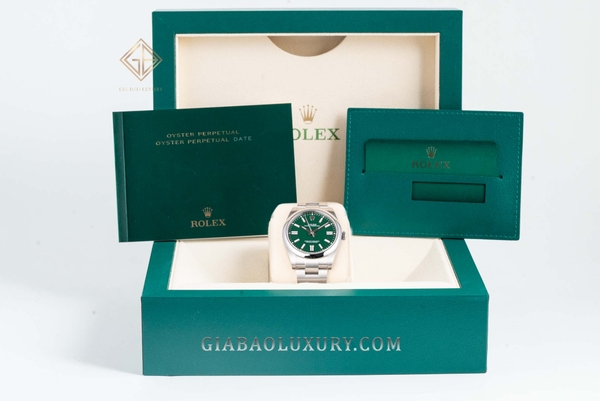 Đồng Hồ Rolex Oyster Perpetual 41 124300 Mặt Số Xanh